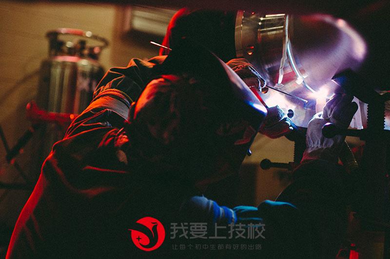 学焊工好找工作吗?
